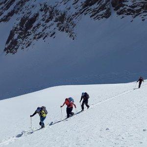 scialpinismo-con-il-cai-a-sestriere